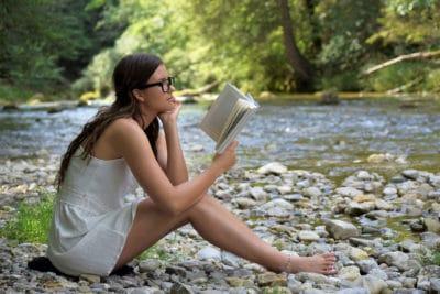 Trainiere deine Lesetechnik und gewinne Zeit durch effizientes Lesen
